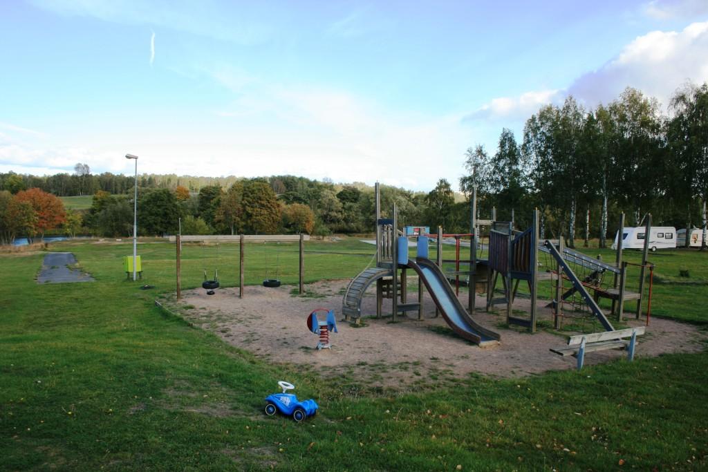 31 - Liten enkel lekplats för barnen